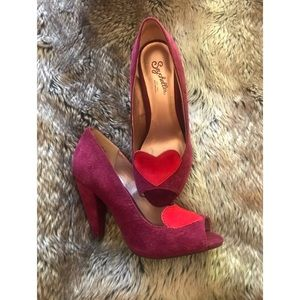 Seychelles Ready For Anything Peep Toe Heart Pumps